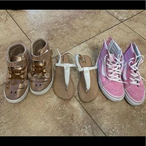 Girls shoes size 2Y